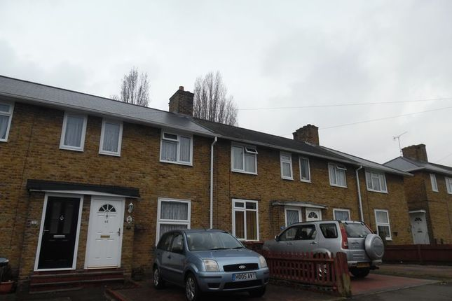 Thumbnail Property to rent in Whitland Road, Carshalton