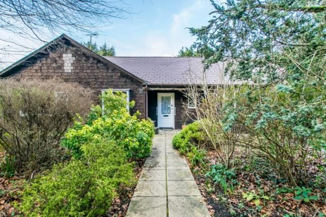 Thumbnail Bungalow for sale in Sewards End, Saffron Walden