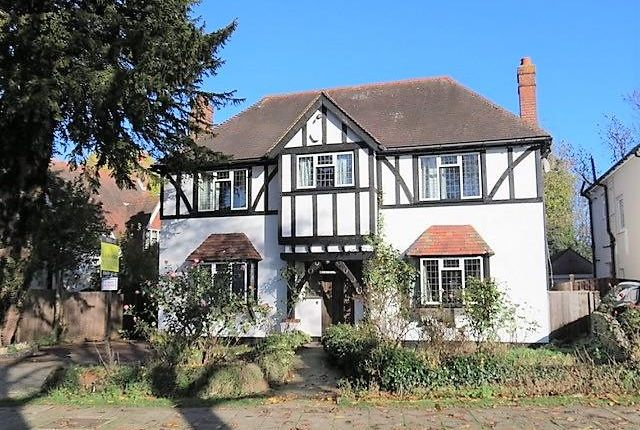 Thumbnail Detached house to rent in Topcliffe Drive, Farnborough, Orpington