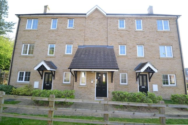 Thumbnail Flat to rent in Deanery Close, Sudbury