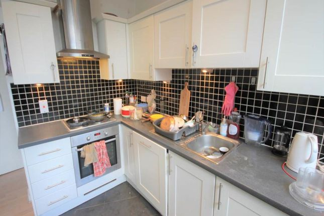 1 bed flat to rent in Ley Street, Ilford, Essex IG1