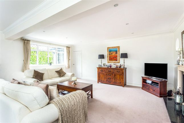 Picture No. 45 of Orchard End, Weybridge, Surrey KT13