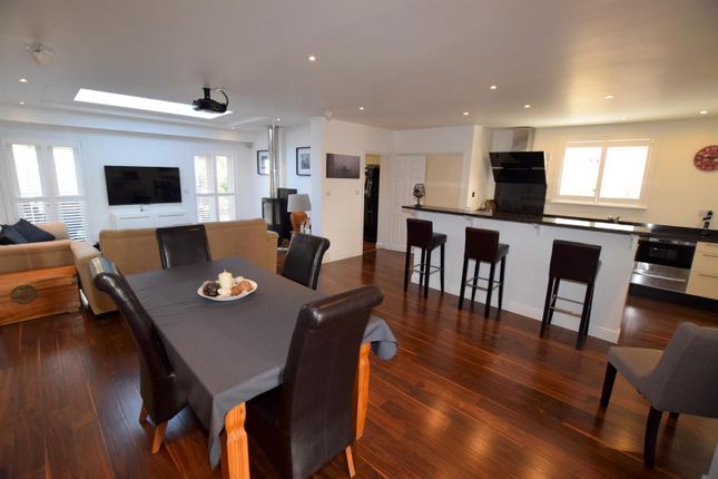 Thumbnail Property for sale in Clare Road, Braintree