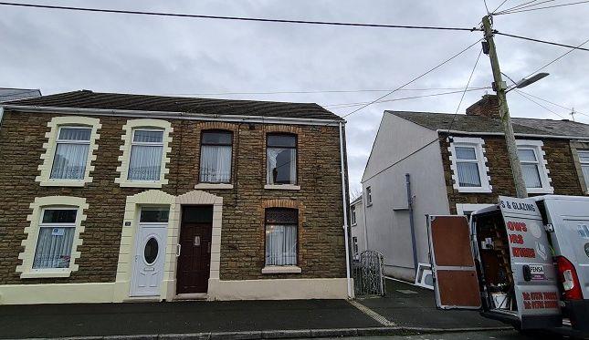 3 bed semi-detached house for sale in Glynllwchwr Road, Pontarddulais, Swansea SA4