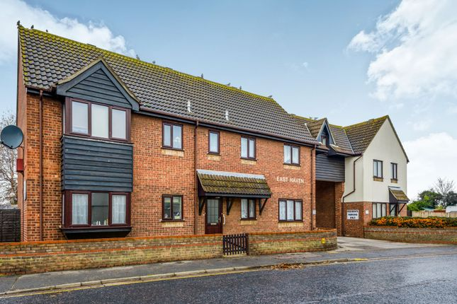 Thumbnail Flat to rent in Easthaven, Clacton-On-Sea