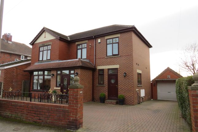 Thumbnail 4 bed detached house for sale in Moorland Avenue, Barnsley