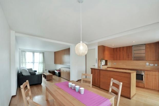 Thumbnail Flat to rent in Russell Place, London