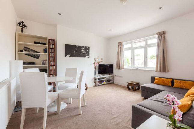 Thumbnail Flat to rent in Mackie Road, Brixton, London