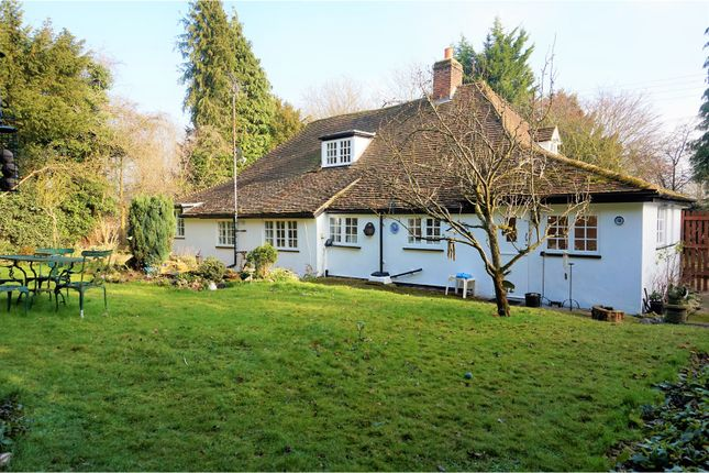Thumbnail Detached house for sale in Church Road, Longfield