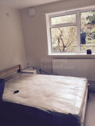 Thumbnail Shared accommodation to rent in Oak Hill Grove, Surbiton, Greater London