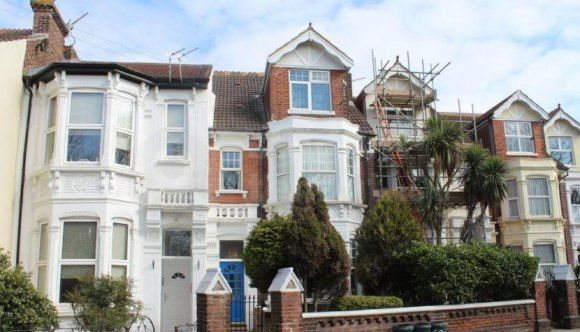 Thumbnail Shared accommodation to rent in Waverley Road, Southsea, Hampshire