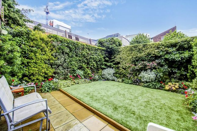 Thumbnail Flat for sale in Crofts Street, London