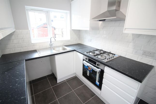 Thumbnail Terraced house to rent in Shrubbery Road, Edmonton