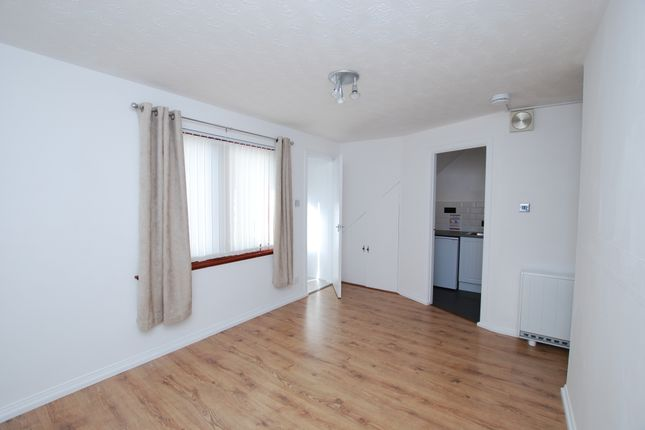 Thumbnail Flat to rent in 126A, Inverness