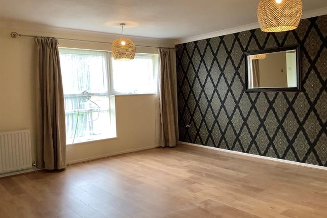 3 bed terraced house to rent in Caling Croft, New Ash Green, Longfield DA3