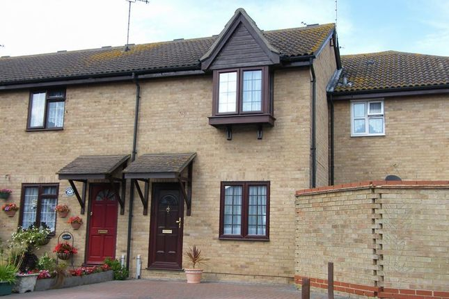 2 bed terraced house to rent in Havenside, Little Wakering, Southend-On-Sea