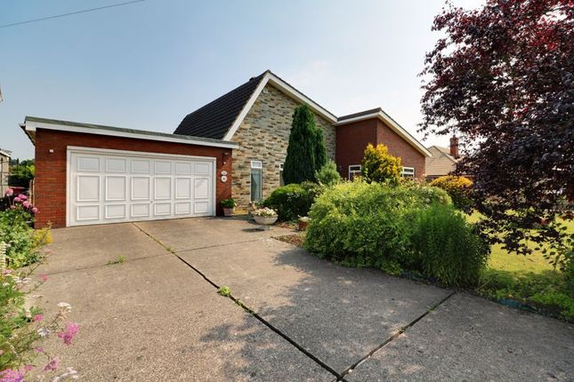 3 bed detached bungalow for sale in Akeferry Road, Westwoodside, Doncaster DN9
