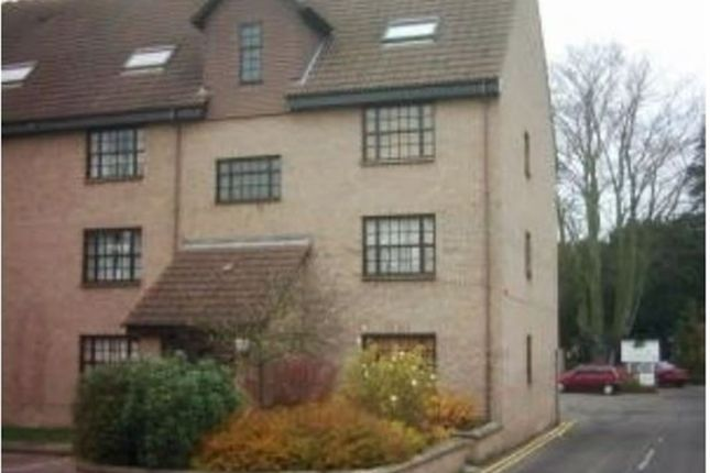 Thumbnail Flat to rent in Church Walk, Bourne