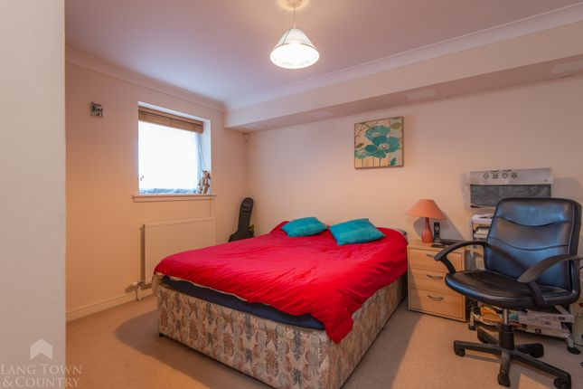 2 bed flat for sale in Century Quay, 130-132 Vauxhall Street, Plymouth. PL4