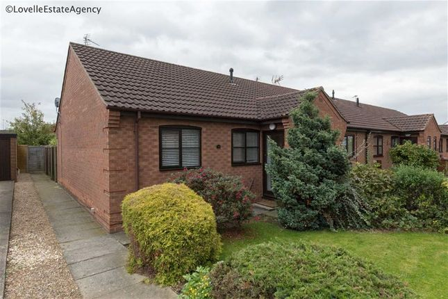 Thumbnail Bungalow for sale in Hall Rise, Messingham, Scunthorpe