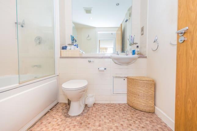 Bathroom of Avoca Court, 142 Cheapside, Birmingham, West Midlands B12