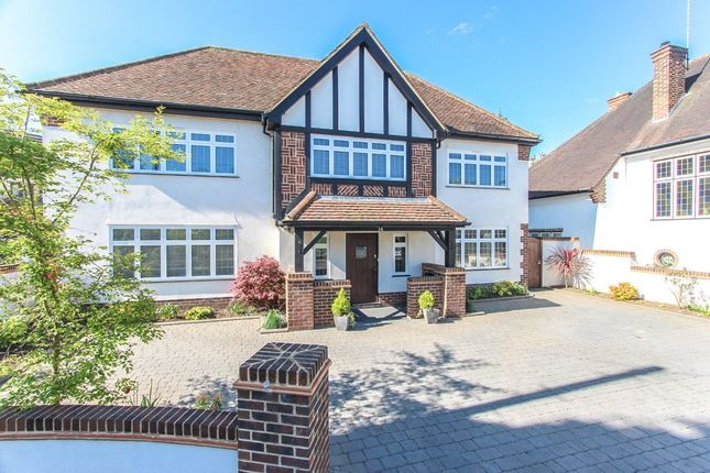Thumbnail Detached house to rent in Garden Close, Watford