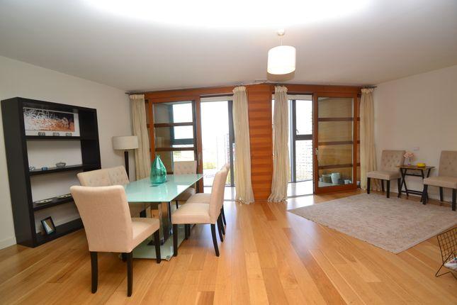 Thumbnail Duplex to rent in 34 Lombard Road, Battersea, London