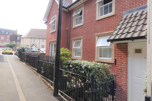 Thumbnail Flat to rent in Drovers, Sturminster Newton