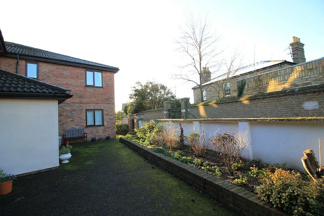 Thumbnail Flat for sale in Woodley Court, Godmanchester