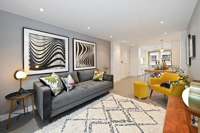 Thumbnail Flat for sale in Upper Place, 85B Upper Clapton Road, Clapton, London
