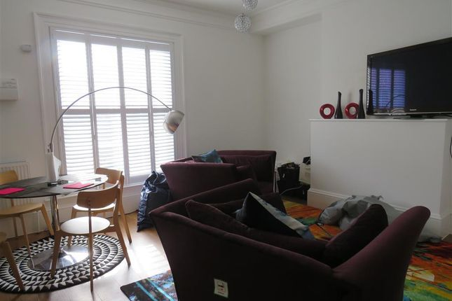 Living Room of Colby Street, Southampton SO16