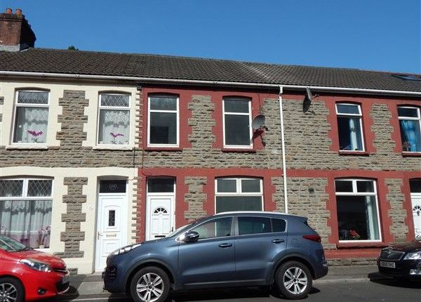 3 bed terraced house to rent in Railway Street, Llanhilleth, Abertillery NP13