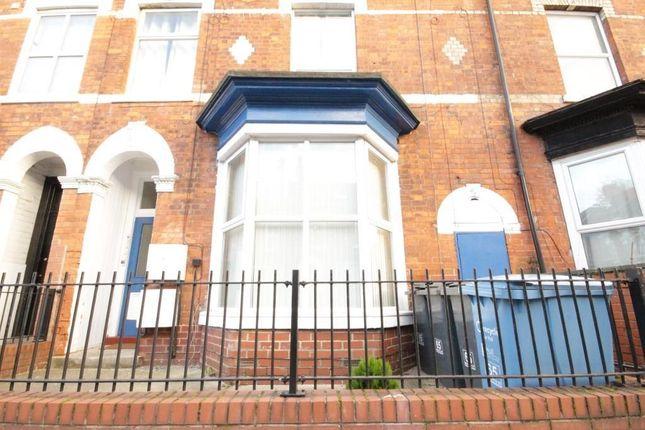 Thumbnail Flat to rent in Flat, Morpeth Street, Hull