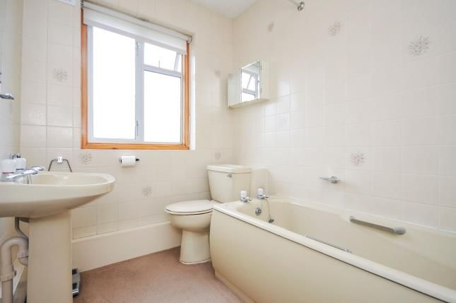 Bathroom of Galpins Road, Thornton Heath CR7