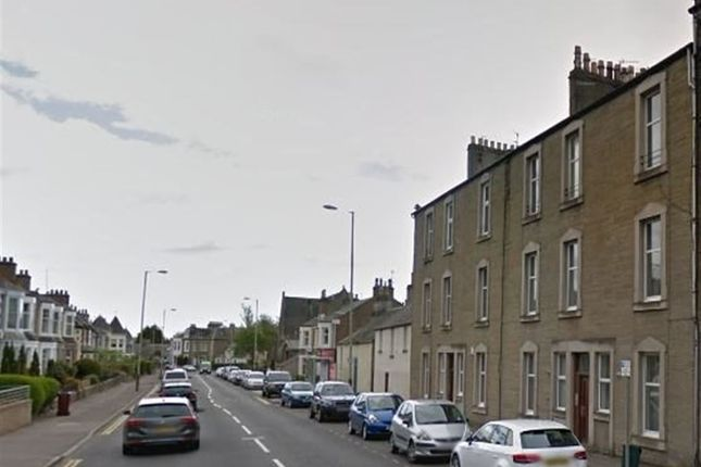 Thumbnail Flat to rent in Queen Street, Broughty Ferry Dundee, Dundee
