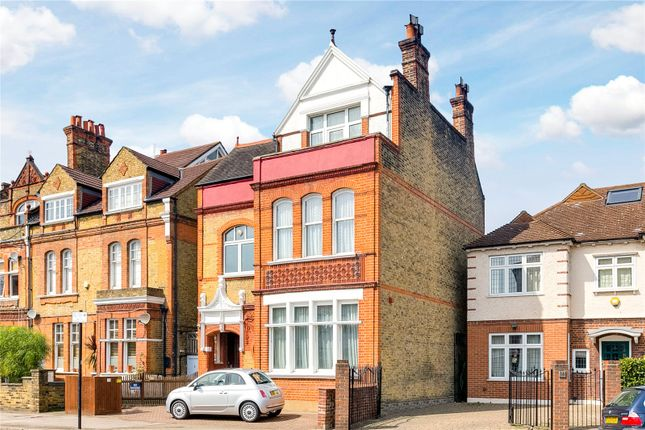 Picture No. 12 of Nightingale Lane, London SW12