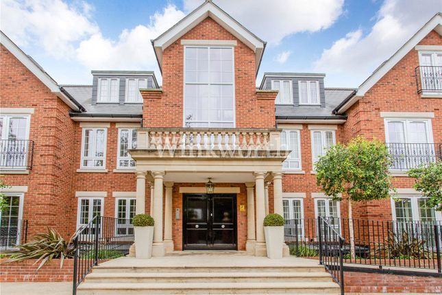 Thumbnail Flat for sale in Bayview House, 20 Uplands Park Road, Enfield