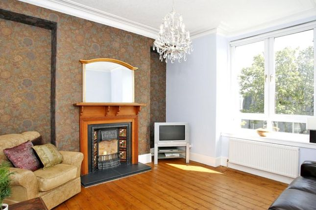 2 bed flat to rent in Union Grove, Tfl, Aberdeen
