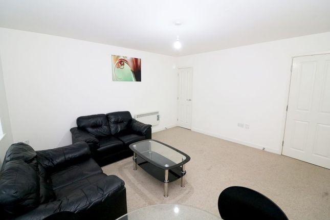 Duplex for sale in Thornton Road, Bradford
