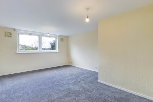 2 bed flat for sale in Carlton Road, Erith, Kent DA8