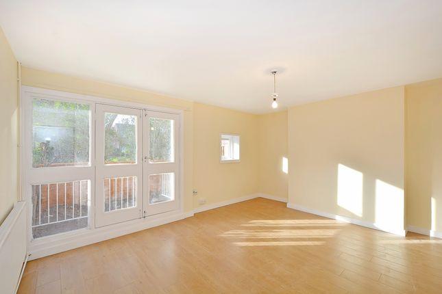 Thumbnail Flat to rent in Parkside Estate, Rutland Road, London