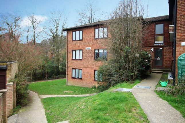 Thumbnail Flat for sale in Ashlands, Crowborough, East Sussex
