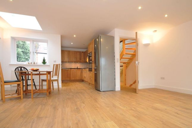 Thumbnail Property to rent in Flanchford Road, Chiswick, London
