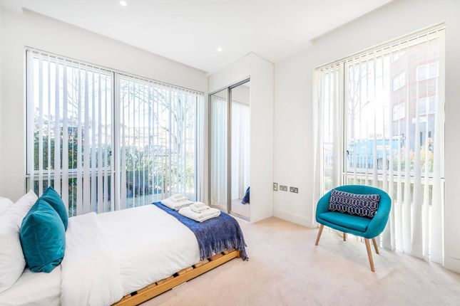 Thumbnail Flat for sale in Nautilus House, North Kensington, London