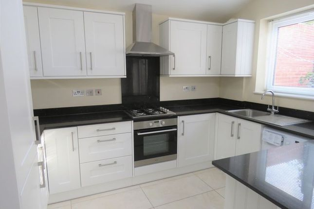 Thumbnail Detached house to rent in Manor Court, Berwick Road, Marlow