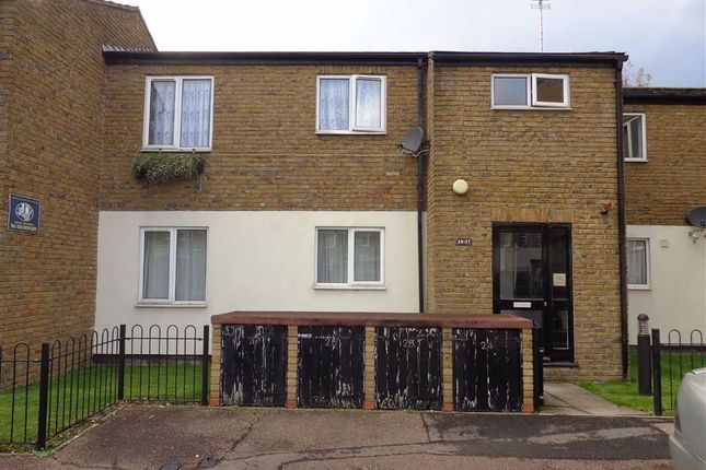 1 bed flat for sale in Copthorne Mews, Hayes, Middlesex UB3