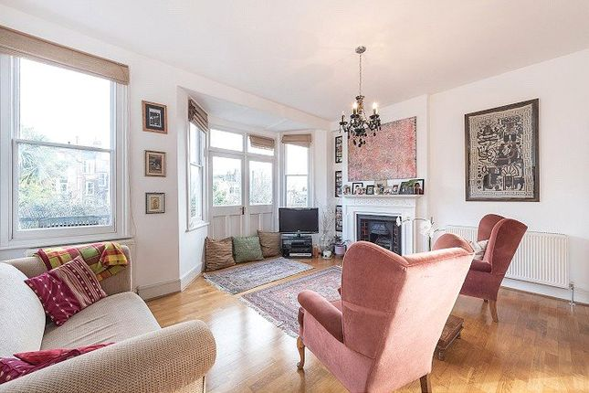 Thumbnail Flat for sale in St. James Lane, Muswell Hill, London
