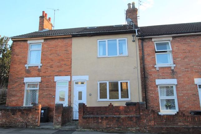 3 bed property to rent in Whitehead Street, Swindon SN1