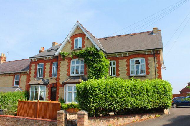 Thumbnail Flat to rent in Mountway Road, Bishops Hull, Taunton