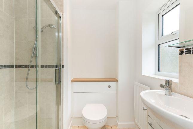 Ensuite Bathroom of Cufaude Lane, Sherfield-On-Loddon, Hook, Hampshire RG27